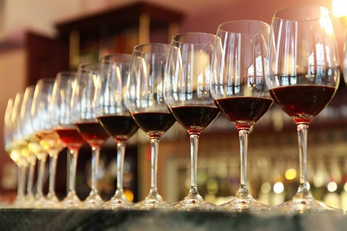 Wijnfestival in de Der Aa-kerk